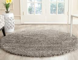 famous round rug