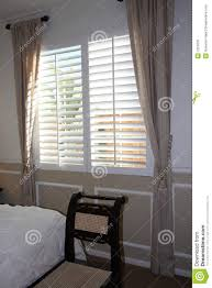 Bedroom Window Treatments Home Decoration Large Bedroom Window - Bedroom window treatments