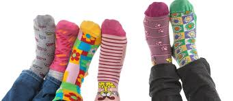 Załóż dziś kolorowe skarpetki! Okaż solidarność z osobami z zespołem Downa  - RMF 24