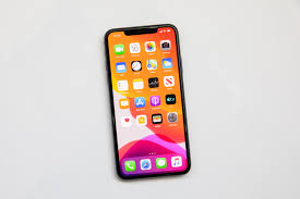 5 Iphone Wallpapers That Hide The Screen Notch And How To