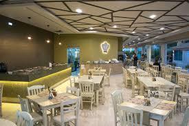 eat drink plaza pallas hotel
