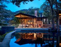 Lake Flato Designs Hill Country House That\u0027s All About the Outdoors