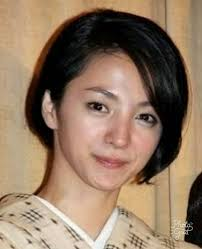 美容師が解説2019年満島ひかりさんの髪型で人気はボブと