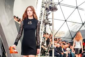 louis vuitton 2015. louis vuitton | fall winter 2015/2016 full fashion show exclusive - youtube 2015 w