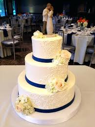 3 Tier Wedding Cake With Roses Classic Cakes Old Version In