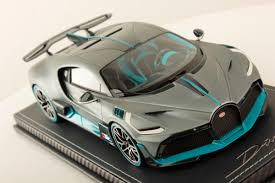 Extremely detailed interior and exterior. Bugatti Divo 1 18 Mr Collection Models
