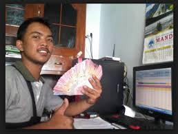 Bisnis online adalah kegiatan bisnis yang dilakukan di dunia maya dengan bantuan internet. Bisnis Online Shop Di Indonesia Semakin Menjanjikan Seputar Pengetahuan Dan Informasi