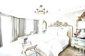 crown over bed – eazyshot.co