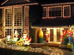 Thoroughbred Christmas Lights Lights Shine Bright On Thoroughbred Street In Alta Loma