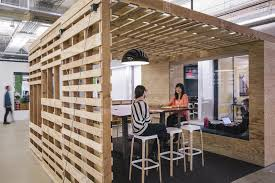 Office design sf Airbnb Office Team Space Tank Design Tour Of Airbnbs New San Francisco Headquarters Officelovin