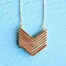 jewels arrow arrow pendant gold gold necklace chain thin chain pretty trendy summer outfits chic