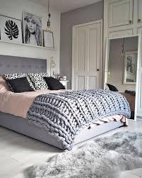 Zwar ist der schwarze schimmel der häufigste , aber es gibt auch noch den grünen und den weißen schimmel. 1001 Ideen Fur Schlafzimmer Grau Gestalten Zum Entlehnen