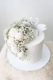 Swan Engagement Cake By Kaia Cakes Co Bridestorycom