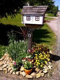 Mailbox landscaping ideas Front Yard Flower Beds Around Mailbox Best Mailbox Landscaping Ideas Farmfoodfamily 35 Best Mailbox Landscaping Ideas For 2019 Farmfoodfamily