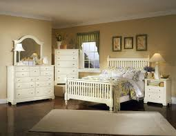 White Bedroom Furniture - Modern or Conventional Furniture?
