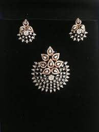diamond pendant set design