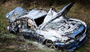 Car Crash Bmw M5 Crashes With 300km H On The Autobahn Gtspirit