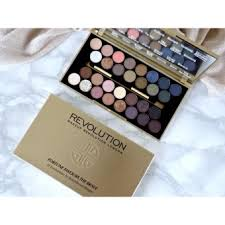 makeup revolution fortune favors the brave ultra 30 eyeshadowpalette usa 3