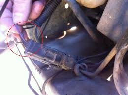 help howell tbi 12v issue jeepforum com what you do not see in the photo is the splice to connect that jumper wire to wire number 18 from the oem computer harness