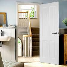 image of shaker style internal oak doors