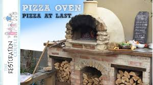 Pizza Oven Outdoor Kitchen Outdoor Kitchen And Pizza Oven 60 Acid Staining The Concrete
