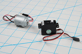 dc motor left and hobby servo