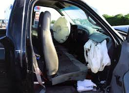 are trucks required to have side airbags