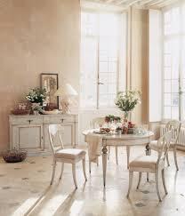 Wohn Esszimmer Rustikal Mit Esszimmertisch Massiv Und Weißen