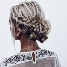 Pin Von Jane Auf Hairstyles Zapletené Vlasy Blonďaté Vlasy Und