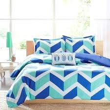 Quilts By Me Quilt Shops Australia Quilts For Sale Online Blue ... & Quilts By Me Quilt Shops Australia Quilts For Sale Online Blue Aqua Zig Zag  Chevron Teen Adamdwight.com