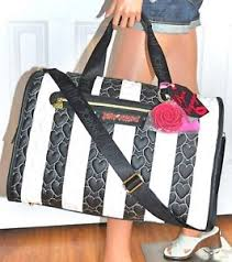 Betsey Johnson Heart Quilted White & Black Weekender Duffel Travel ... & Image is loading Betsey-Johnson-Heart-Quilted-White-amp-Black-Weekender- Adamdwight.com