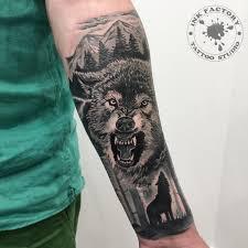 волк с оскалом сделано в Inkfactory