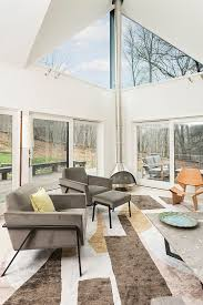... Scandinavian and contemporary styles rolled into one inside the breezy  sunroom [Design: Billinkoff Architecture