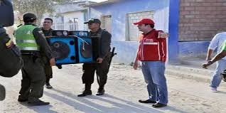 Agentes podrán entrar a su casa a la fuerza y desconectar equipo de sonido según nuevo Código de Policía