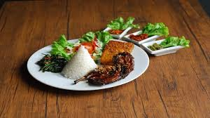 Nah disini kita akan membahas mengenai bebek bakar dan juga resep sambalnya. Berikut Tips Mengola Daging Bebek Agar Tidak Bau Amis Dan Terasa Lebih Empuk Tribun Jabar
