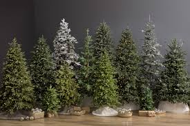 Balsam Hill Light String Out Guide To Choosing An Artificial Christmas Tree Balsam Hill