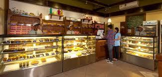 7 Best Online Cakes Photo 3 Tier Birthday Cake Cake Shop Interior