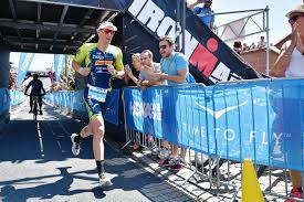 Der ironman frankfurt 2021 steht an. Bilder Ironman Frankfurt 2019 Laufen Finishline