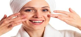 best makeup technique to conceal under eyes
