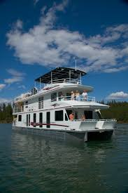 The dale hollow reservoir is a reservoir. 65 Foot Titan Houseboat