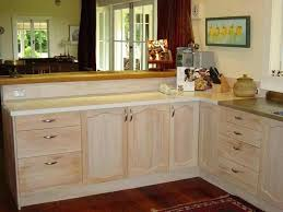 whitewashed kitchen cabinets white washed maple kitchen cabinets how to whitewash kitchen cabinets splendid cabinets oak whitewashed