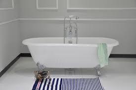 clawfoot bathtub dimensions