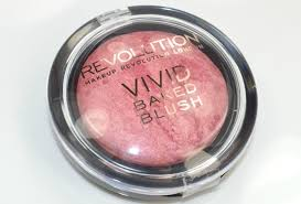 makeup revolution baked blusher in loved me the best op makeupmusthaves nl