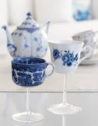 Decorating With Teacups And Saucers Dishfunctional Designs Crafts Home Decor Made With Teacups 3