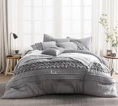queen comforter on twin bed.  Queen Tempo Queen Comforter  Oversized XL Bedding To On Twin Bed C