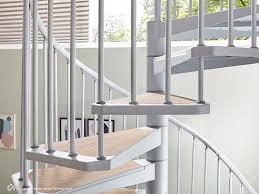 Unsere stahltreppen und holzstahltreppen oder auch lofttreppen bieten eine vielzahl an gestaltungsmöglichkeiten. Stahltreppe Im Innenbereich Wendeltreppe Intercon Zembra
