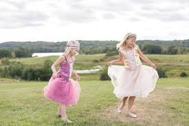 10 benefits of dress up play for children