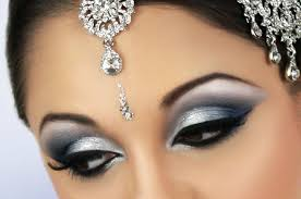 silver and blue y eye bridal makeup