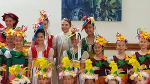 Maple Conservatory of Dance and the Maple Youth Ballet - Priscilla  Montgomery Clark with Munchkins from the Maple Youth Ballet's Wizard of Oz!  It was nice to have a Q & A
