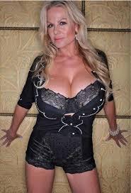 257 best Hot Mature Women BBW MILF Cougar images on Pinterest